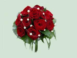 brautstrauss-rote-rosen_1_